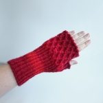 012412_red_gloves_3