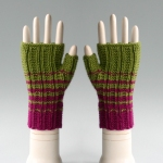 080411_green_gloves_1