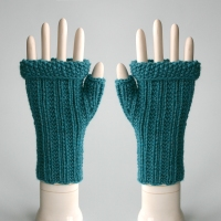 092911_teal_gloves_1