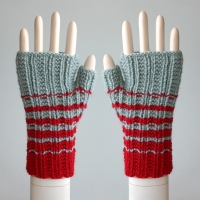 100611_red_seaspray_gloves_1