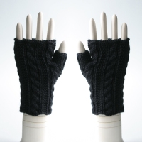 120511_black_gloves_3