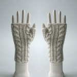120511_cream_gloves_3