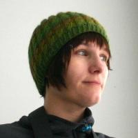 022811_green_hat_2
