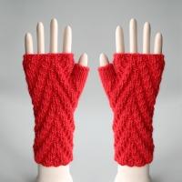 081811_red_gloves_1