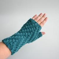 081811_teal_gloves_2