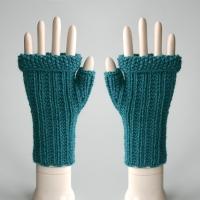 092911_teal_gloves_1