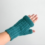 092911_teal_gloves_2