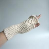 032212_glove_1