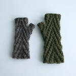 032912_both_gloves