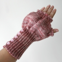 071612_tulip_gloves_3