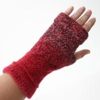 072412_red_gloves_2