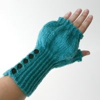 072412_teal_gloves_3