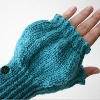 072412_teal_gloves_7