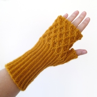 012113_yellow_gloves_4