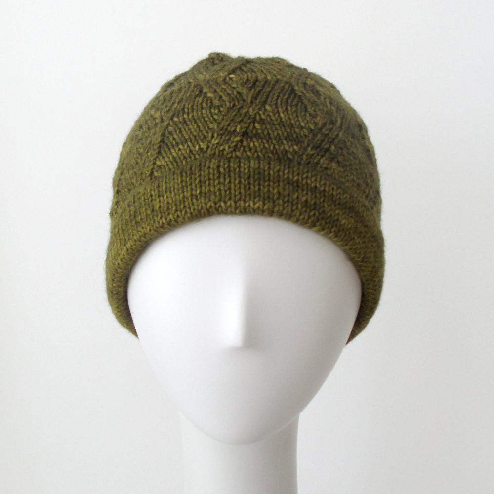 Zig Zag Hat Knitting Pattern : 032113_zigzag_hat_1 Knits & Prints