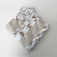 032014_hooded_blanket_6