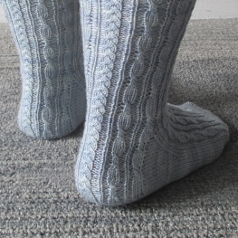 060614_blue_socks_4