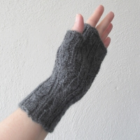 061914_gray_gloves_3