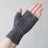 061914_gray_gloves_4