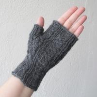 061914_gray_gloves_4