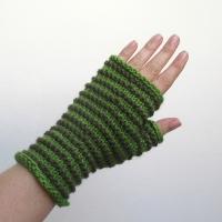 072814_green_gloves_1