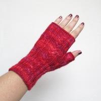 081814_pink_gloves_2