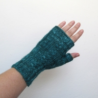 090214_teal_gloves_1