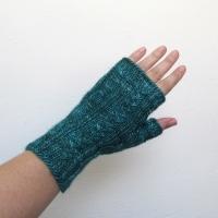 090214_teal_gloves_1