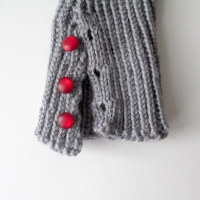 041515-gray-mitts-3