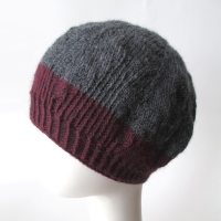 052115-gray&burgundy-beret-02
