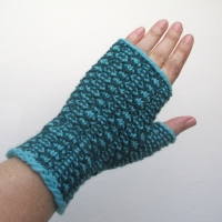 07-20-15-teal-gloves-1