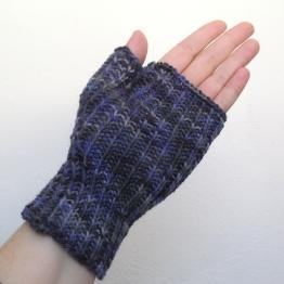 4-7-16-purple-gloves-3