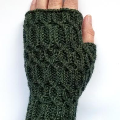 16-08-29-green-glovews-5
