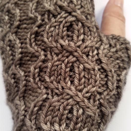 16-09-01-gloves-1