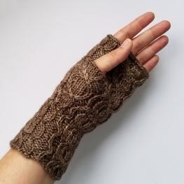 16-09-01-gloves-3