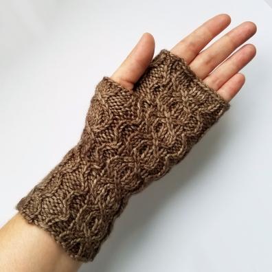 16-09-01-gloves-4