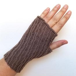 16-09-07-gloves-6