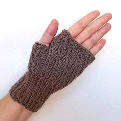 16-09-07-gloves-8
