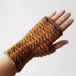 17-09-06-gloves-1