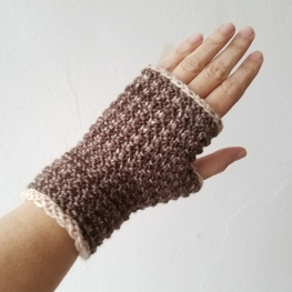 17-09-11-neutral-gloves-1