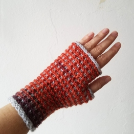 17-09-11-orange-gloves-1