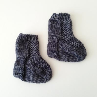 18-02-05_gray-socks-2